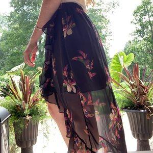 High-low black skirt